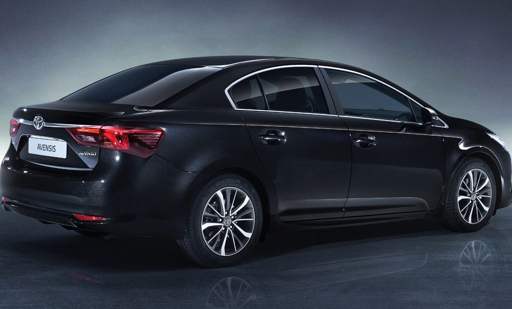 AVENSIS STUDIO 09 DPL 2015 3 4 REAR BLACK E1425451321497